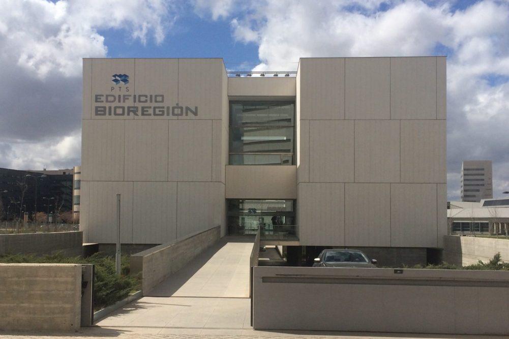 bricam-medical-oficina-edificio-Bioregion-2