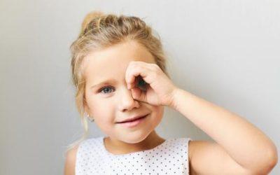 10 síntomas para detectar problemas de visión antes de la vuelta al cole